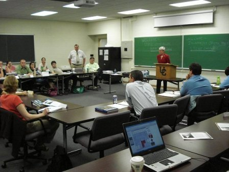 تعریف کلاس درس از نظر استاد و دانشجو