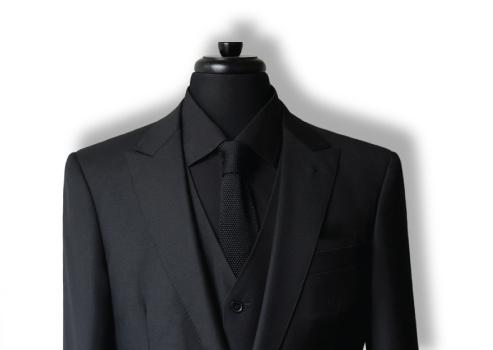 Black-Suit-5